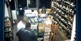Hypnotist Thief Robs Shopkeeper After Puttin Him in A Trance